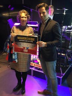 Een winnende wedstrijd en een mega cheque voor STOPhersentumoren.nl